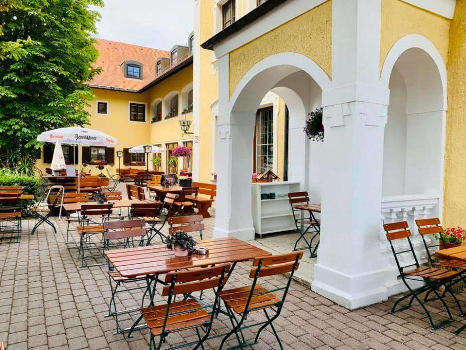 Bayerischer Biergarten in Prienbach-Stubenberg
